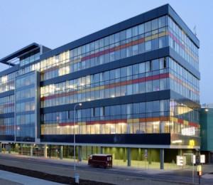 12_Administrativni¦ü budova Galerie Butovice